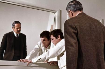 Le face-à-face final entre DeSalvo et l'inspecteur John S. Bottomly (Henry Fonda)
