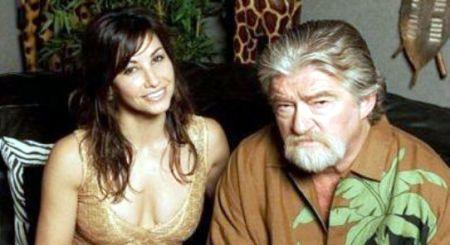 Joes Eszterhas et Gina Gershon, co-vedette de Showgirls