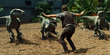 « Jurassic World » danse avec les raptors 2